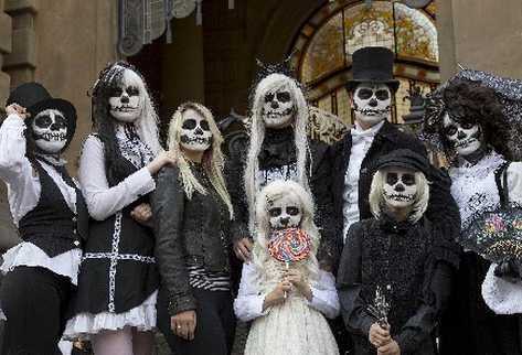 Fiesta de Halloween Disfraces y maquillajes