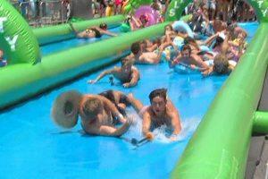 Alquiler de hinchable acuatico gigante fiestas y eventos
