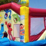 Alquilar castillo hinchable para fiestas infantiles