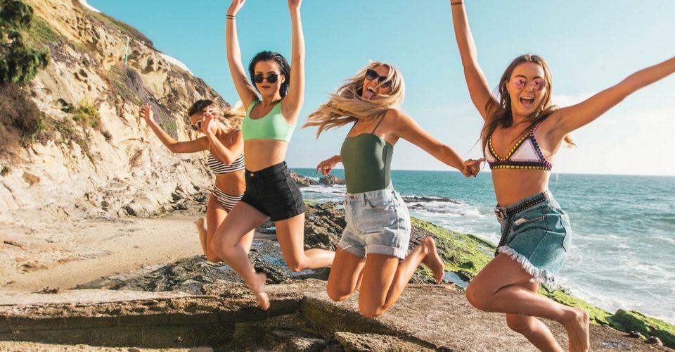 Los planes más divertidos para despedida de soltera en verano