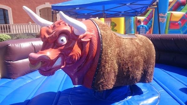 Alquiler bufalo mecánico para fiestas en Alicante y Murcia