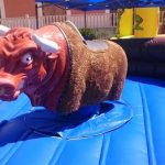 Alquiler de Bufalo mecánico para fiestas infantiles Alicante y Murcia