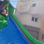 Tirolina infantil con colchoneta hinchable en Alicante y Murcia