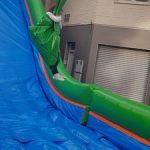 Tirolina hinchable con colchoneta para fiestas infantiles