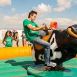 Alquiler atracción toro mecánico en Alicante y Murcia