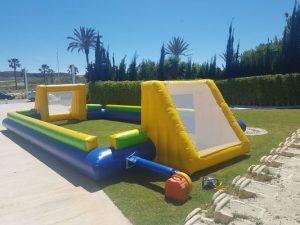 Colchoneta hinchable, futbolín humano en Alicante y Murcia