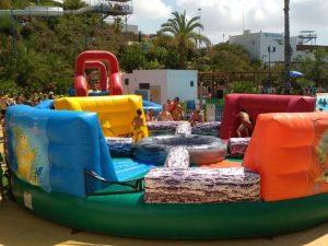 Alquiler hinchable deportivo wipeout en Alicante