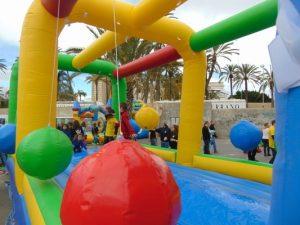 Castillos Hinchable Pendulo para cumpleaños y comuniones
