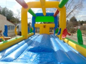 Colchoneta multideporte, atracción hinchable para fiestas infantiles